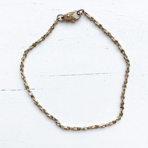 Vintage thin & dainty gold chain bracelet